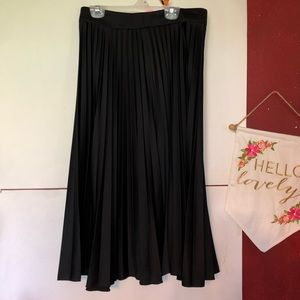 H&M women's skirt size 8